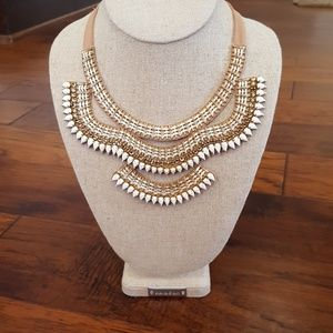 Stella & dot tiered Florence bib necklace